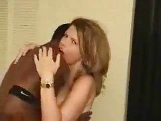 Married woman gets her pink puss pounded - Interracial