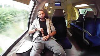 He wanks in a public train
