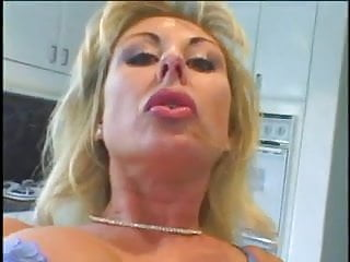 Mature & MILF: Jessie St. James