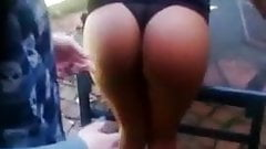 Un bel culo sexy schiaffeggiato