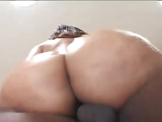 Cute Big Ass Babe Gets Her Pusy Pounded