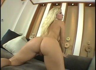 Devon Lee- Big ass, tits and open vagina