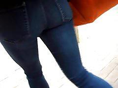 BootyCruise: Downtown Asian Sweetheart Cam 2