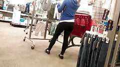 sexy young milf in leggings