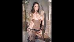 Videoclip - Kat Dennings