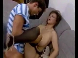 Mom and Boy Vintage: Free Mature Porn Video 9f