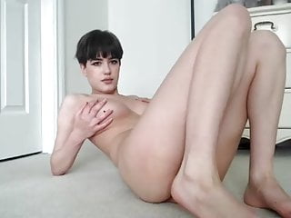 Short Haired Skinny Geek Girl With Big Tits In Cam Show
