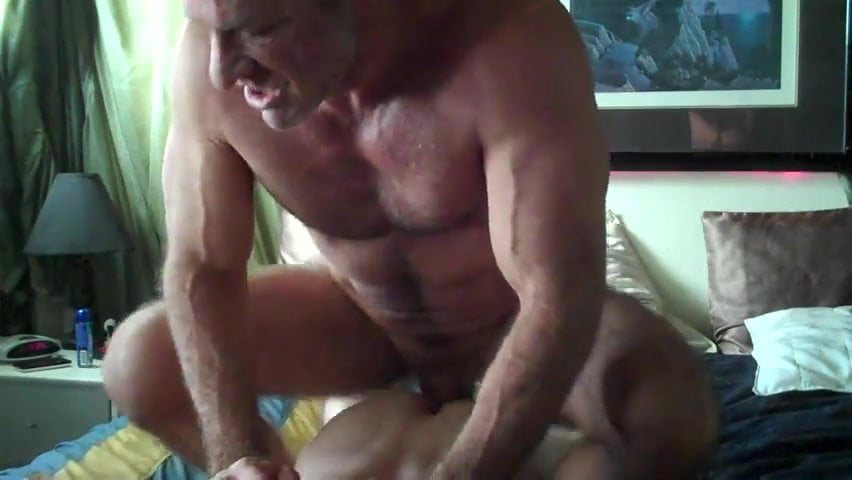 Hung daddy gives lovely gay twink what he needs 5