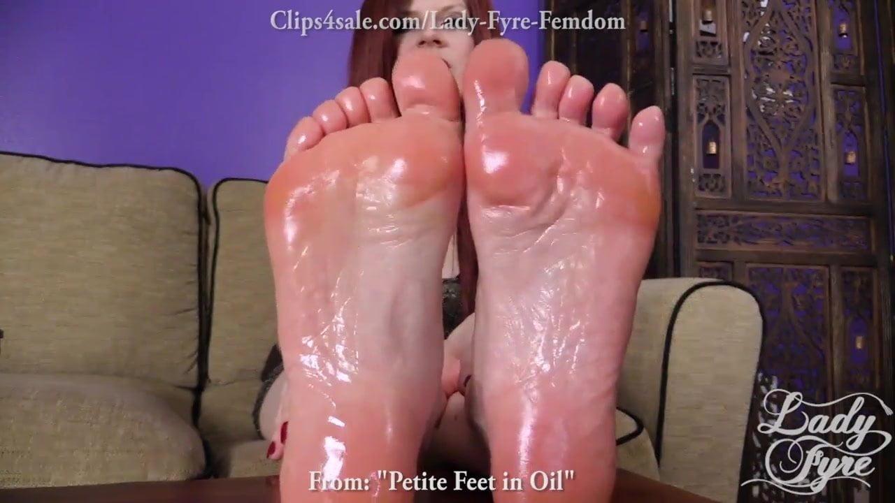 Lady Fyre Feet Porn