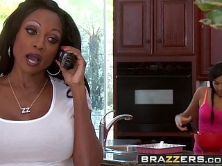 Brazzers - Mommy Got Boobs - Diamond Jackson and Bill Bailey