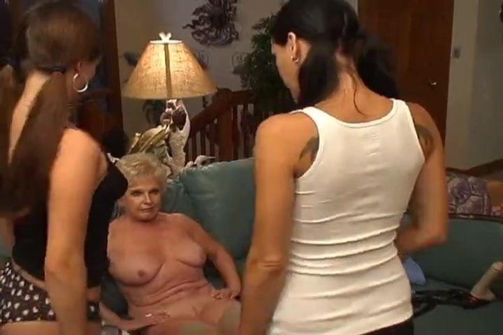 Mladé Teen LEZ porno