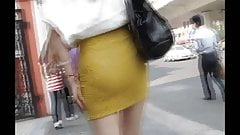 walk behind short skirt girl :3 (China)