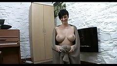 Kimberly Leigh Collins 70E boobs