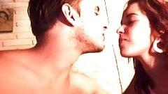Joven argentina se la chupa al novio