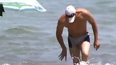 Str8 bulge on the beach