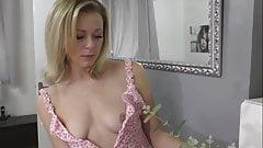Natural Tits Downblouse