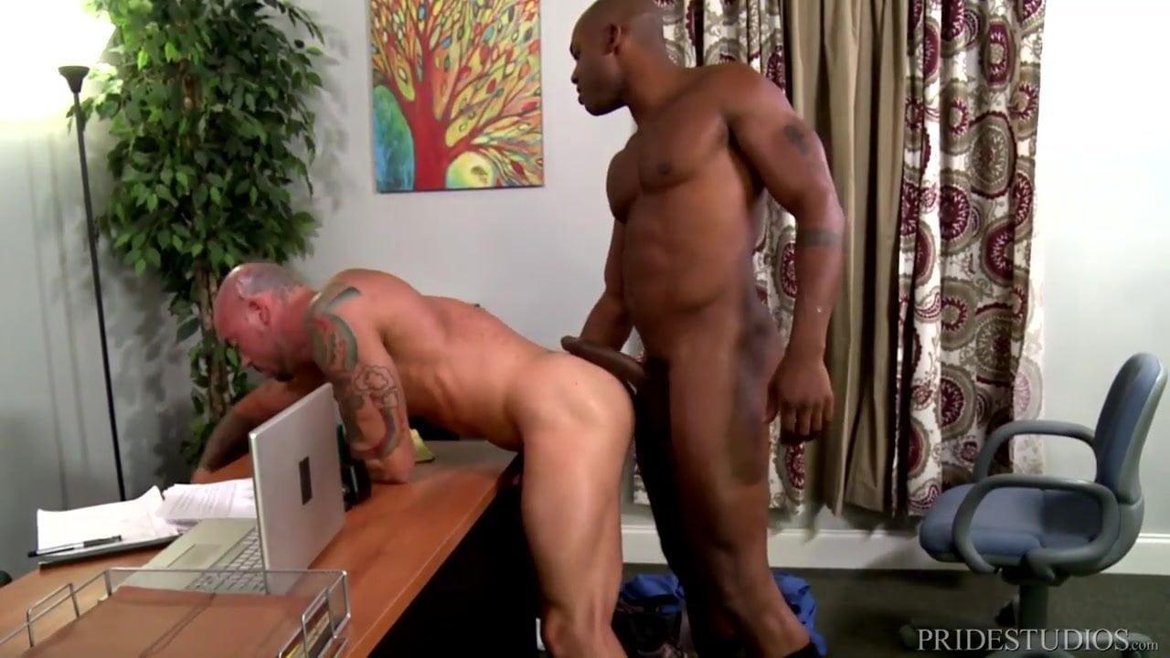 Mc Boss Gay Porn