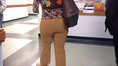 Candid Voyeur Teacher In Tight Pants Nice Ass