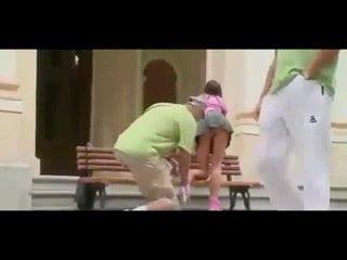 Inline Skater Babe has a nice Ass