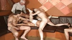 oldfruens orgie