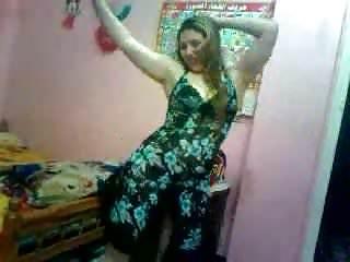 Download video bokep Muna 2 Mp4 terbaru