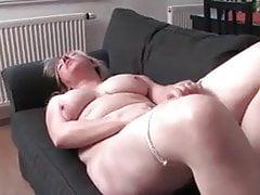 Mature Milf Cumming