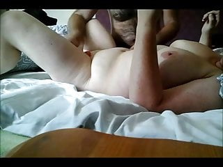 my wife makes the masturbate his friend and reach an orgasm