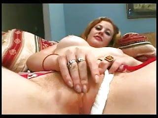 Xxx puss - Redhead cherrys hairy puss gets cream pied