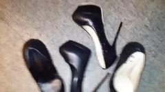 Miss Kim's high heel 16-cumshot
