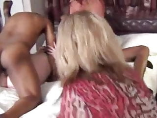Milfs Have A Amateur Group Fuck In Hotel Room
