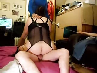 HUSBAND FILMS SLUTWIFE WITH 2 STRANGERS pt1
