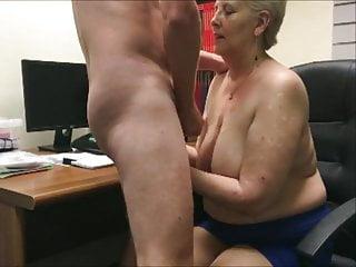 Penny Sneddon cum on worm eats it 25-7-18
