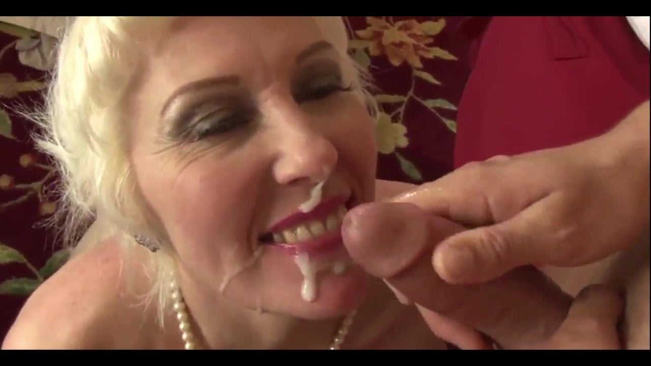 Free download & watch beautiful mature lady dalny marga fucs her ass hard          porn movies