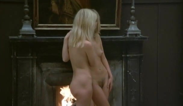 X-hamster nude shower scenes from movies