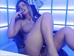 Beautiful teen masturb on webcam