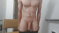 tommylads wanking his huge cock
