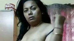 Mature Aunty Hot Figure
