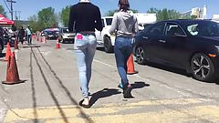2 beautiful teen ass in jeans