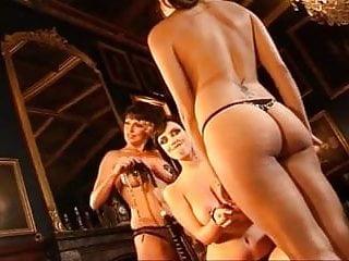 Download video bokep Glamor Model talk Kama Sutra Mp4 terbaru