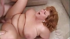 Busty amateur Mindy Jo on threesome fucking