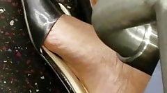 Candid ebony feet sexy arch