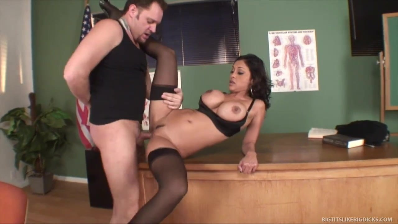 Free download & watch busty milf fucked in the classroom         porn movies