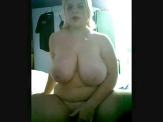 Hot Chubby Teen GF showing her big tits and ass on cam