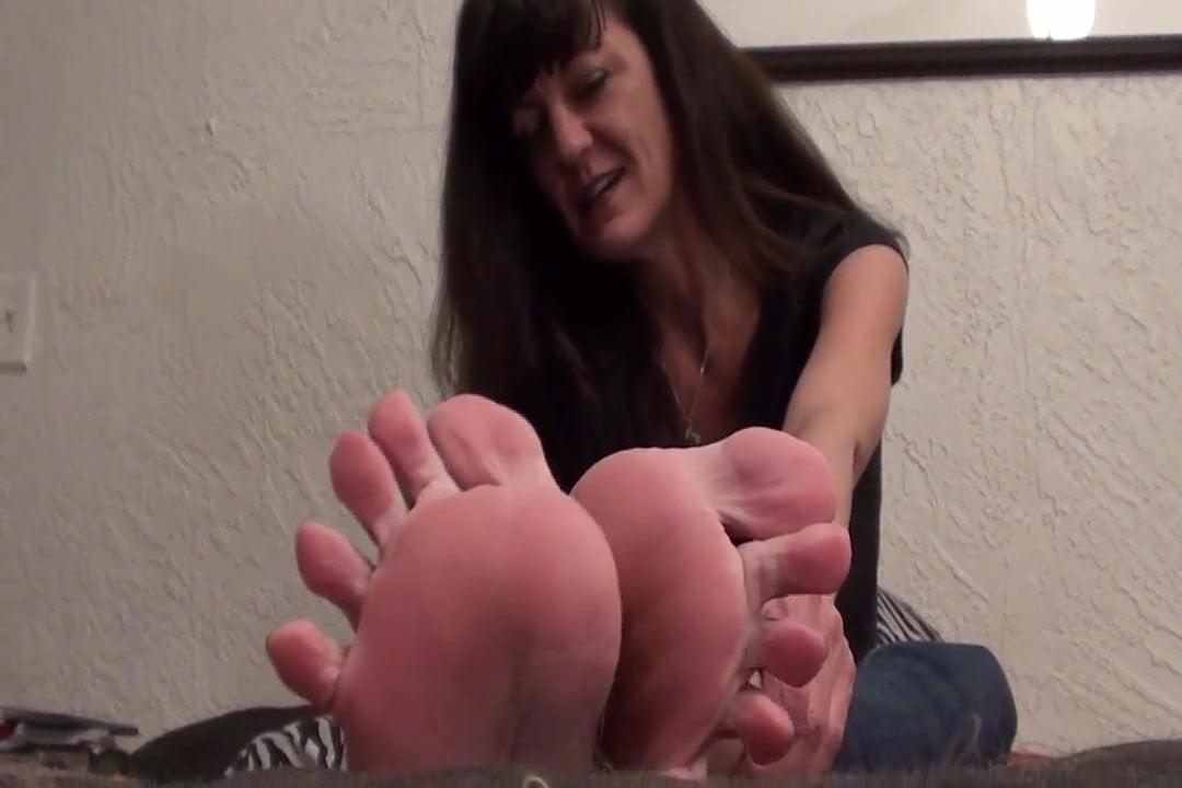Foot fetish seduction-2942