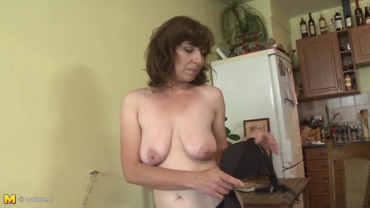 Amateur Mother With Saggy Tits And Very Hairy Pussy-6507