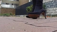 Leggins & Heels Outdoor
