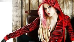 Avril Lavigne jerk off challenge cum tribute
