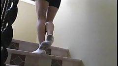 I piedi della baldracca bionda