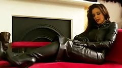 MISTRESS ANNABELLE-DRESSES IN BLK LEATHER