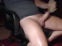 BIG BIG Load & cum & moaning from daddy